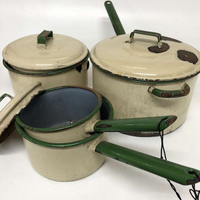 POT0152 POTS n PANS, Vintage Cream Green Enamel $10