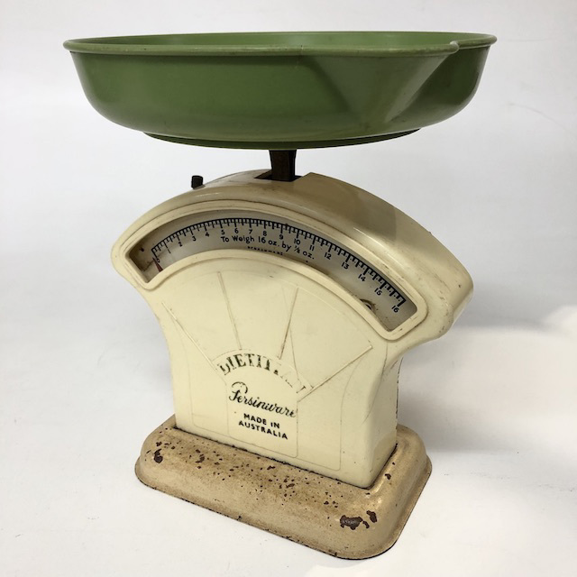SCA0055 SCALES, Cream Green 1950's 'Persinware' $12.50