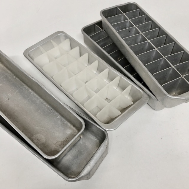 TRA0092 TRAY, Ice Assorted $5