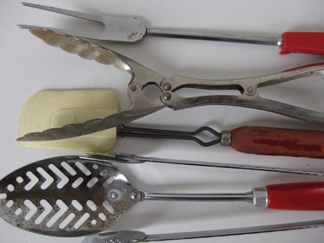 UTE0019 UTENSILS, Assorted Retro $3.75