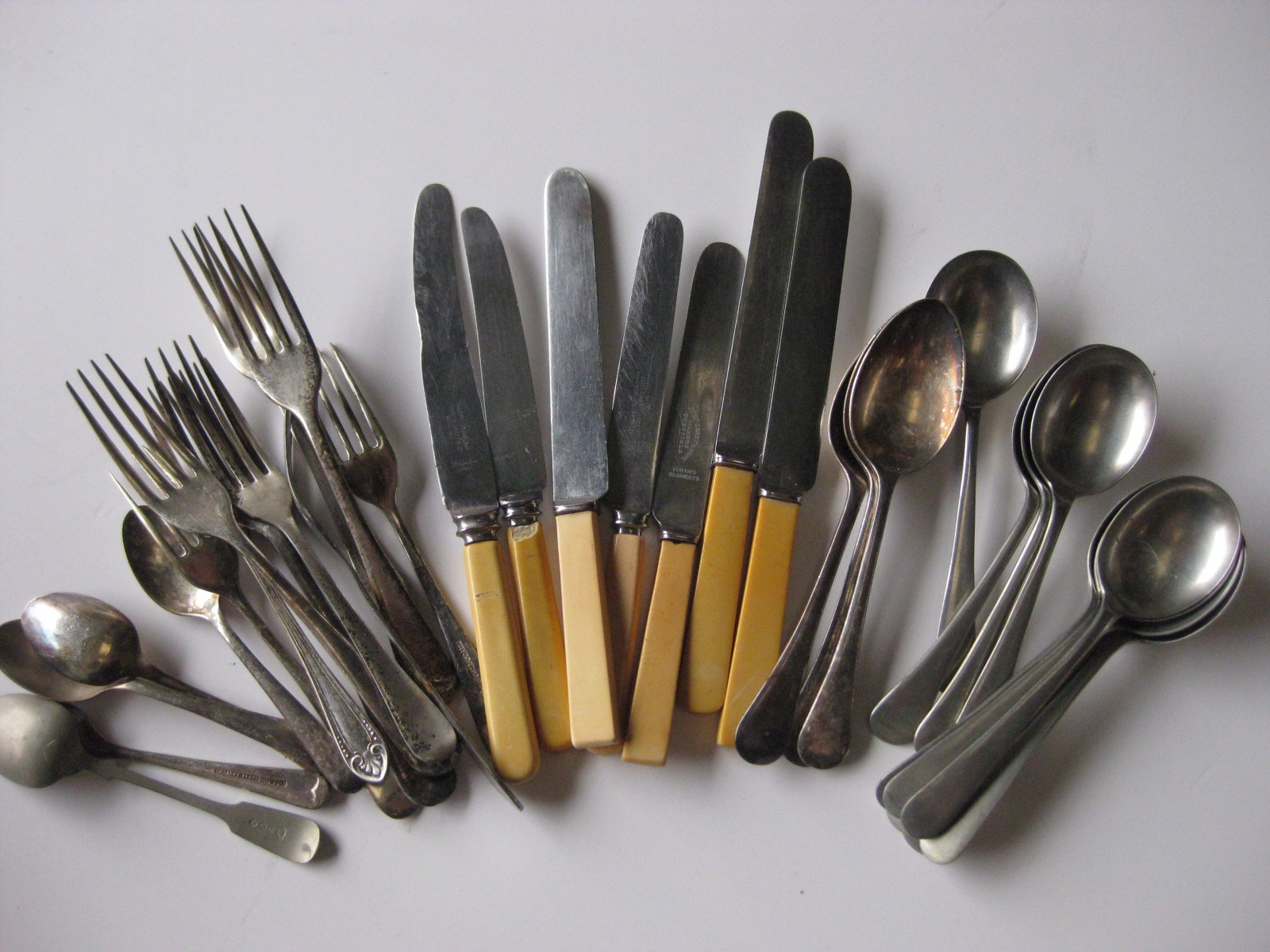 CUT0007 CUTLERY, Vintage Assorted $1.50