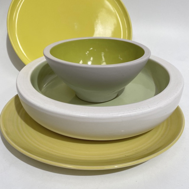 DIN0029 DINNERWARE, Contemporary Lime Green Serving Bowl or Platter $2.50