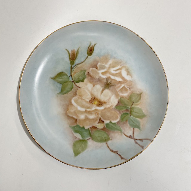 PLA0171 PLATE, Blue w Roses $5