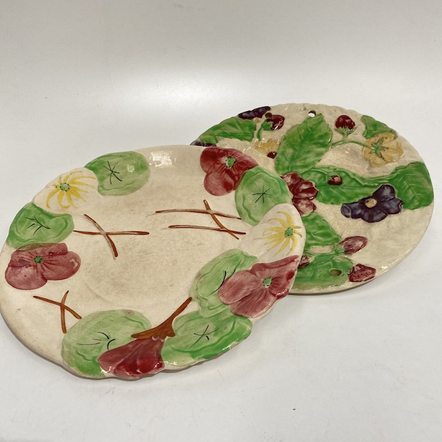 PLA0180 PLATE, Vintage Floral Relief Handpainted $10