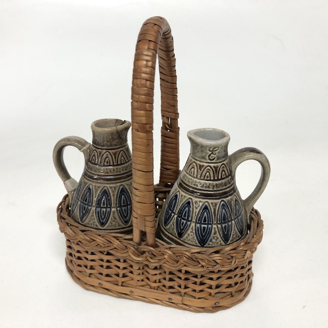 CON0055 CONDIMENT SET, 1950's Brown Blue Jugs in Basket $6.25