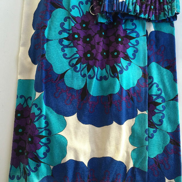 CUR0013 CURTAIN, Pair 1970s Blue Purple Flowers $30