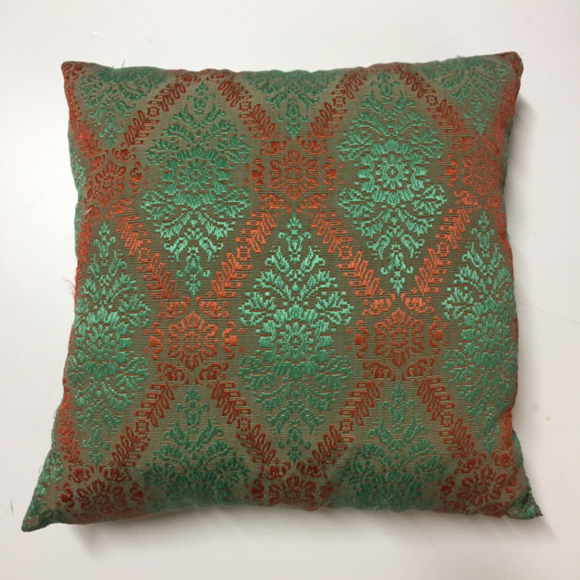 CUS0051 CUSHION, Green & Red 1950's Embroidery 50cm $10