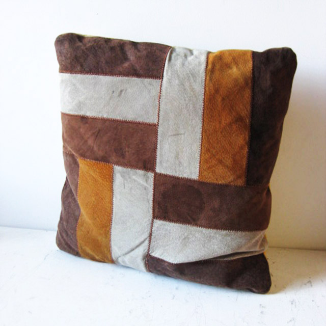 CUS0074 CUSHION, 1970's Brown Patchwork $10