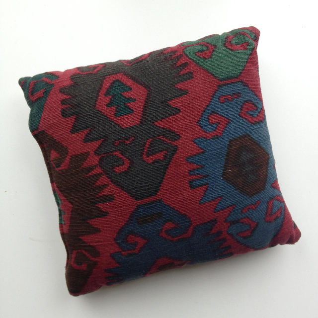 CUS0089 CUSHION, Aztec Red $10
