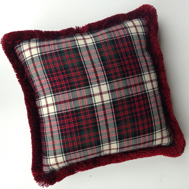 CUS0217 CUSHION, Tartan - Red Black & White w Fringe $15