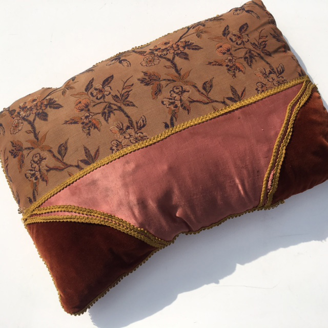 CUS0220 CUSHION, Victorian Floral - Dusty Pink & Rust Velvet $15