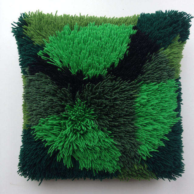 CUS0078 CUSHION, 1970's Green Shagpile $10