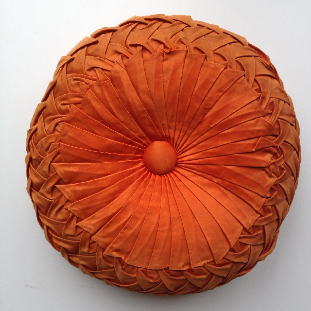 CUS0166 CUSHION, Orange Pintuck - Round $15