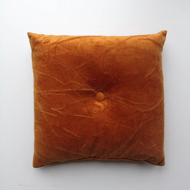 CUS0197 CUSHION, Rust Brown Velvet Button $10