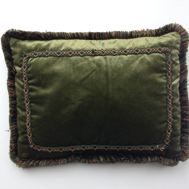 CUS0225 CUSHION, Victorian - Dark Green Velvet Pillow w Fringe $15