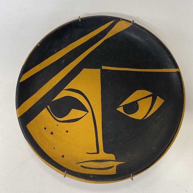 WAL0120 WALL PLATE, Black Orange Face $3.75