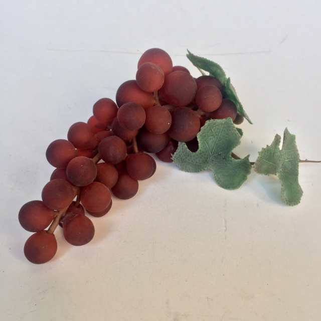 FRU0029 FRUIT, Artificial - Grapes Muscat Red Bunch $2.50