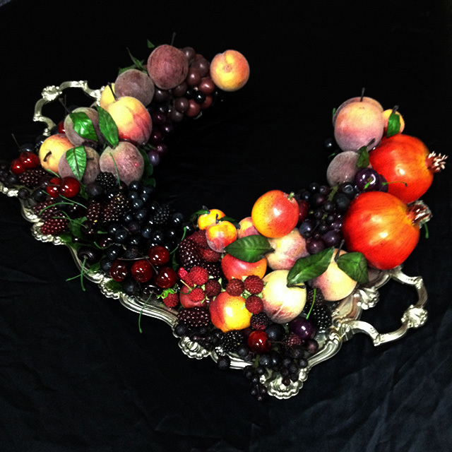FRU0001 FRUIT TRAY, Popping Head Out $60