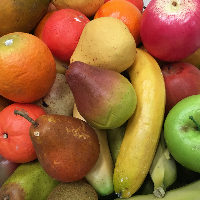 FRU0002 FRUIT, Assorted - Single Piece (Apple, Orange, Banana, Pear) $0.75