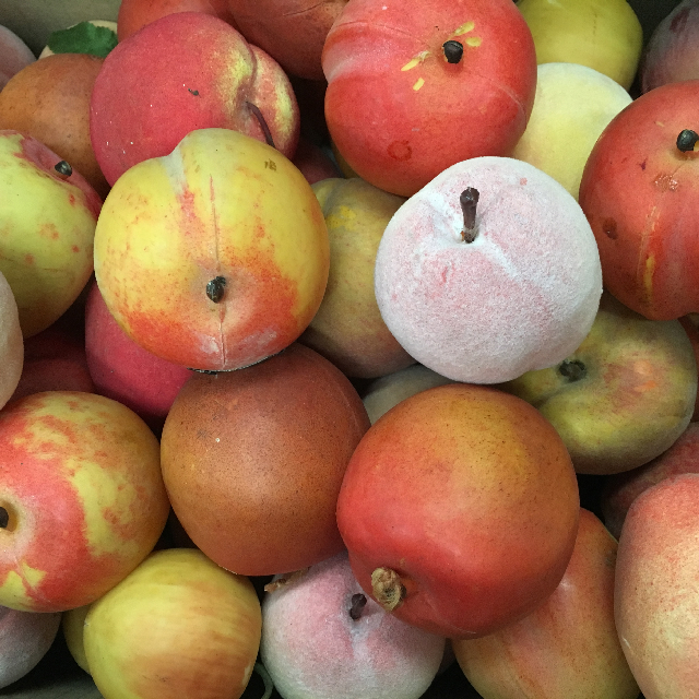 FRU0006 FRUIT, Artificial - Peach $0.75