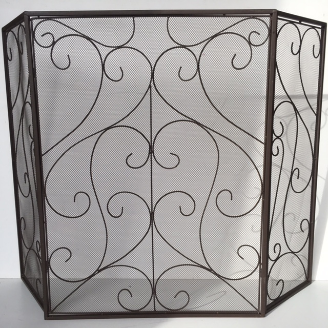 FIR0014 FIRE SCREEN, Scrolled Brass Folding $20