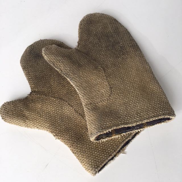 GLO0100 GLOVES, Heat Proof Pair $11.25