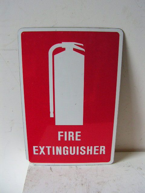 SIG0050 SIGN, Safety - Fire Extinguisher $5