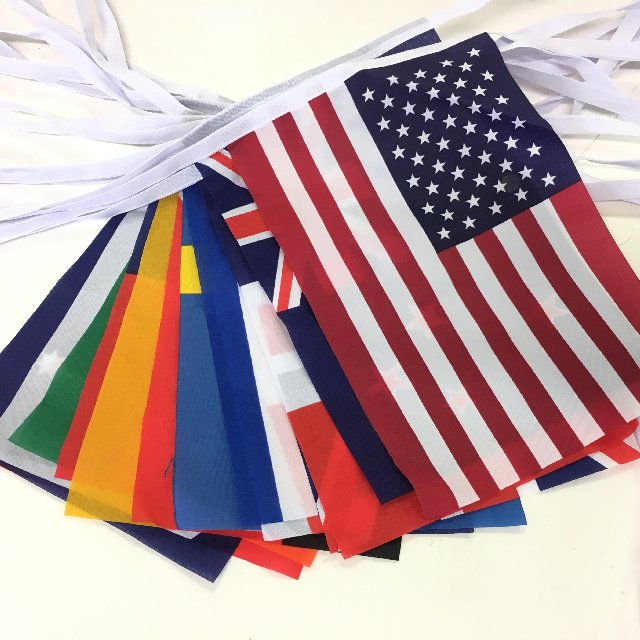 BUN0033 BUNTING, World Flags - 16 Flags 15cm x 23cm x 8m length (on tape) $5