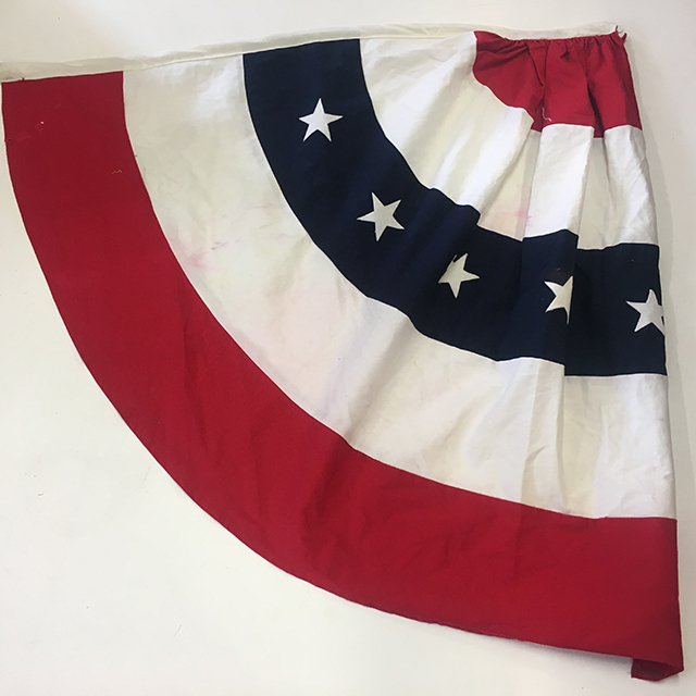 FLA0082 FLAG, Rosette - 1/2 Large USA Pleated Cotton Fan 90cm x 90cm $15