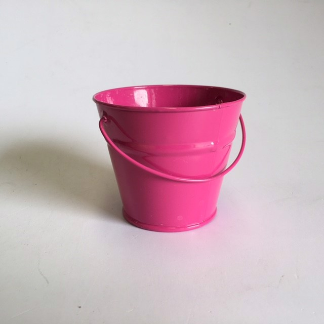 BUC0027 BUCKET, Ex Small Metal - Hot Pink 10cm D x 8.5cm H $1.25