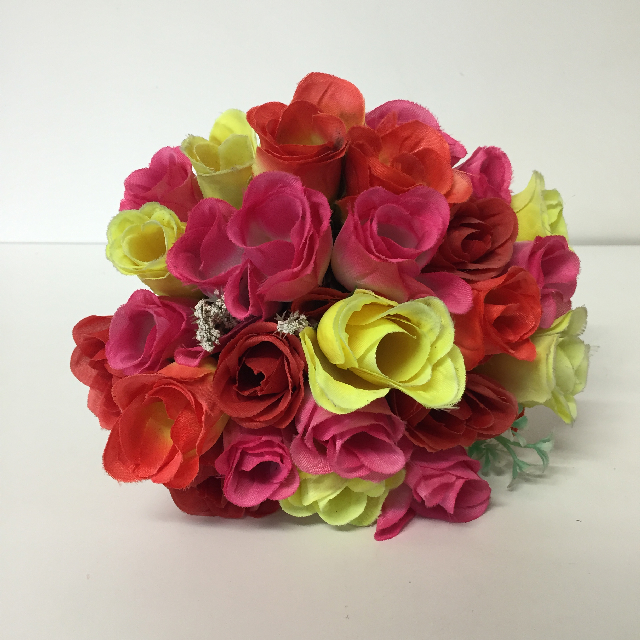 FLO0110 FLOWER, Bouquet - Roses Red Pink Yellow $5
