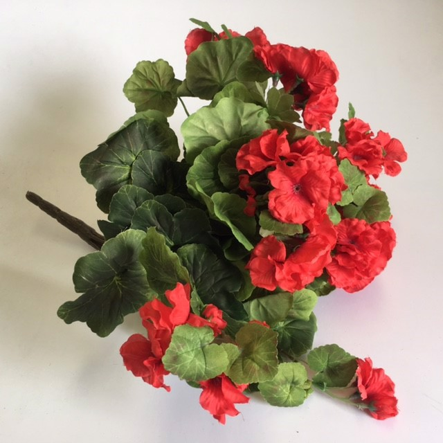 FLO0063 FLOWER SPRAY, Geranium Small - Red $3.75
