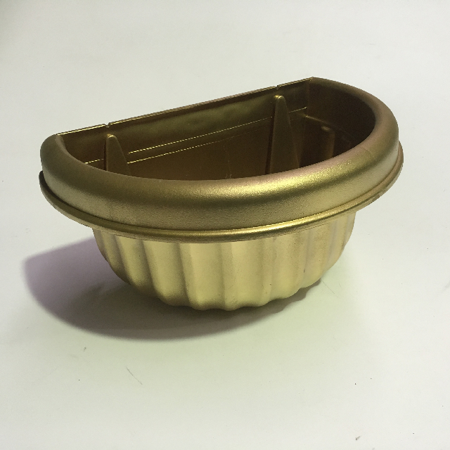 PLA0017 PLANTER POT, Gold Fluted Wall Mount - Small $5