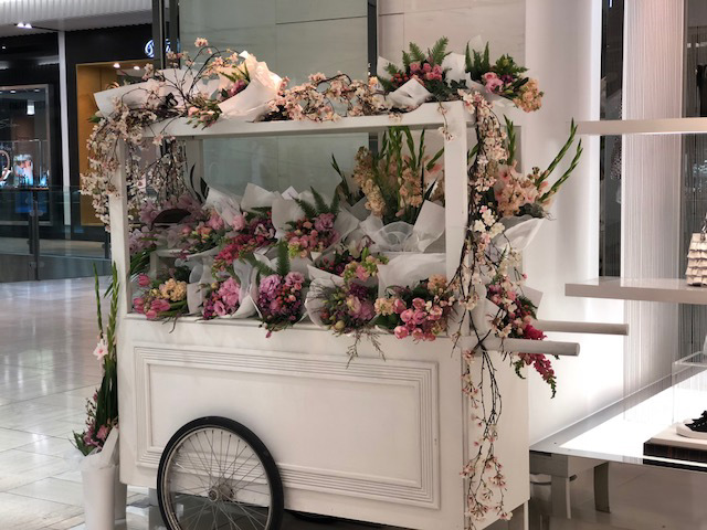 Flower Cart - Michale Kors Mothers Day Styling