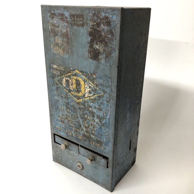 VEN0001 VENDING MACHINE, Blue Rusted Metal $22.50