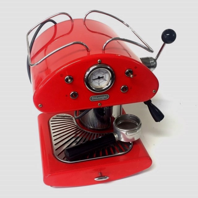 COF0025 COFFEE MACHINE, Red Delonghi $25