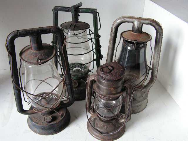 LAN0009 LANTERN, Hurricane - Classic Assorted $12.50