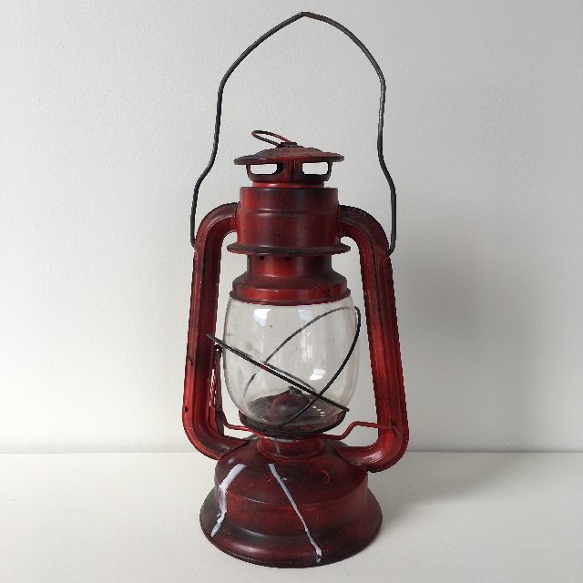 LAN0014 LANTERN, Hurricane - Red  $11.25
