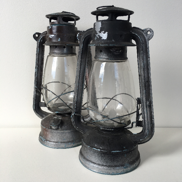 LAN0015 LANTERN, Hurricane - Tealights Large $12.50