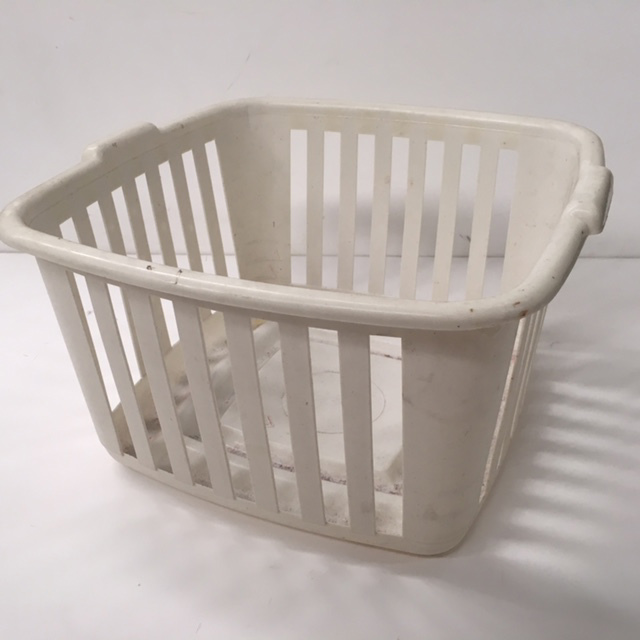 BAS0202 BASKET, Laundry - Plastic White $7.50