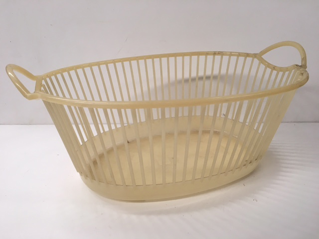 BAS0204 BASKET, Laundry - Plastic Yellow $7.50