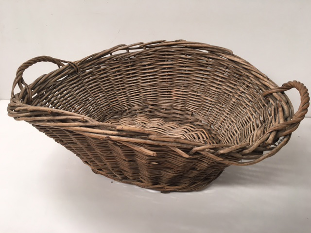 BAS0206 BASKET, Laundry - Medium Wicker $18.75