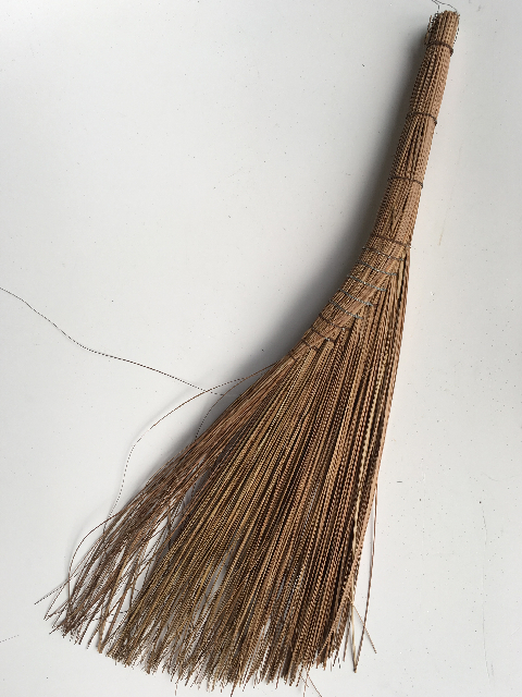 BRO0009 BROOM, Grass Broom $6.25