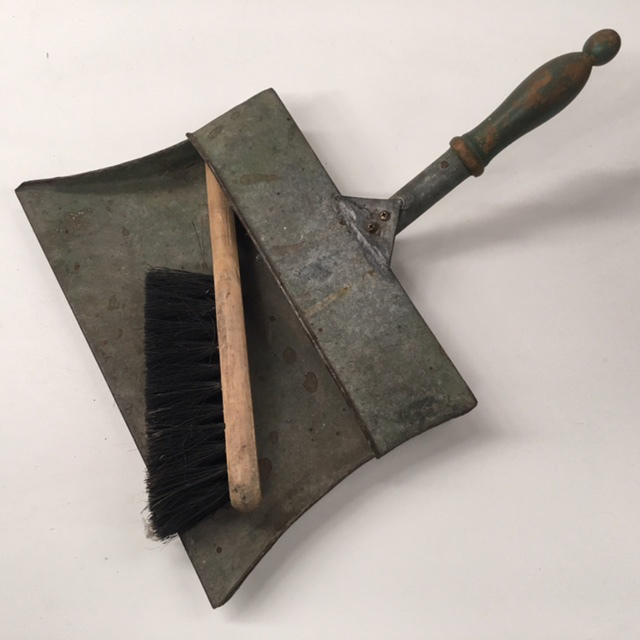 DUS0003 DUSTPAN & BRUSH, Old Metal Style $18.75