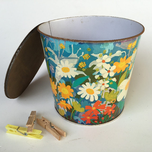 PEG0004 PEG BUCKET, Floral Metal Tin  $6.25