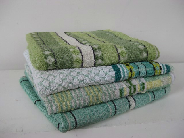 TOW0013 TOWEL, Bath - Retro Green $3.75