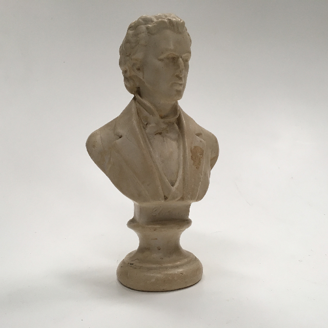 BUS0103 BUST, Composer - Chopin 28cm $12.50