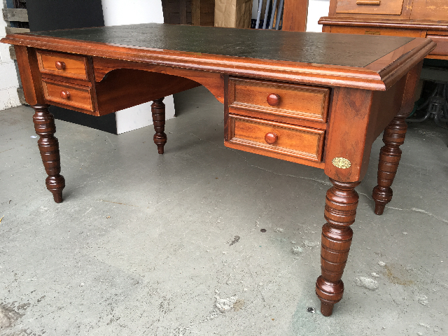 DES0016 DESK, Timber Turned Legs w Leather Inlay - 147cm x 90cm $187.50