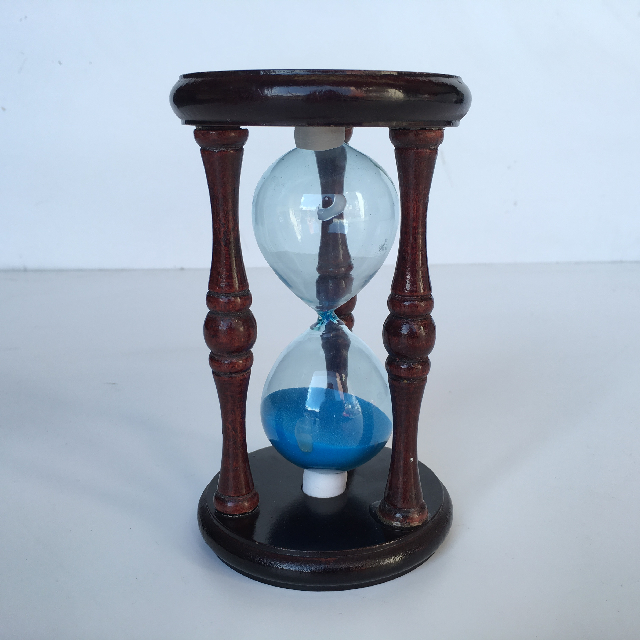 HOU0002 HOURGLASS, Small Dark Wood - Blue Sand (17cm H) $7.50