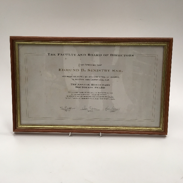 CER0024 CERTIFICATE, Faculty And Board Of Directors Doctorate Award $20